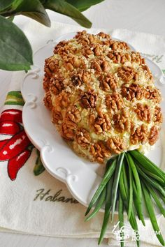 """Salad """"Pineapple"""" – a step by step recipe with photos on Cooking at home – About Holiday Parties Food Carving, Food Garnishes, Party Dishes, Food Decoration, Russian Recipes, Food Crafts, Food Design, Salad Design, Appetizers For Party"""