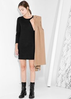 Vestido malha canelada -  Mulher | OUTLET