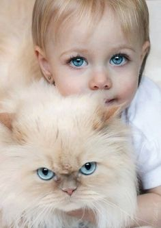 Beautiful Eyes #kidswithcats #kidswithpets