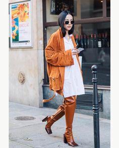 "2,853 Beğenme, 13 Yorum - Instagram'da Style Sight WorldWide (@stylesightworldwide): ""#parisfashionweek @yoyokulala |   @sandrasemburg @vogueparis @blaublutstreetstyle #streetstyle…"""