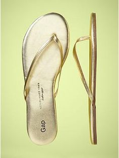 Must Have //// Gap GOLD Flip Flops $30 CAD. I can't find these on the Gap Canada site though... hope they have them in store.