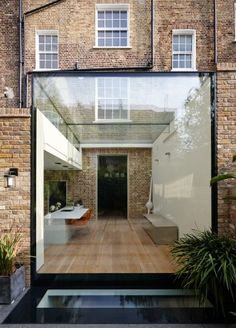 A Low Iron Structurally Glazed Frameless Modern Kitchen extension House Extension Design, Glass Extension, House Inside, My House, Townhouse Designs, London Townhouse, Soho, Glass Room, Victorian Terrace