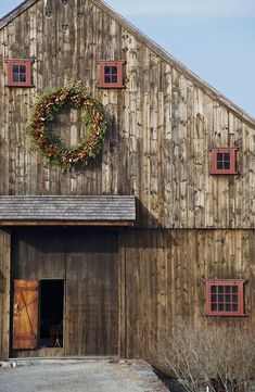 Beautiful Old Barn--A Simpler Thyme
