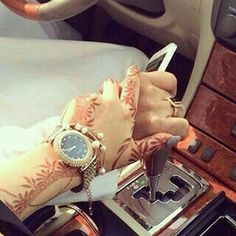 Hand Pictures, Cute Couple Pictures, Hand Pics, Cute Muslim Couples, Cute Couples, Couple Posing, Couple Shoot, Mehendi, S Love Images