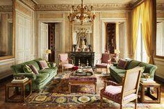 House Tour: A Paris Apartment Brimming With Architectural Gems - ELLEDecor.com