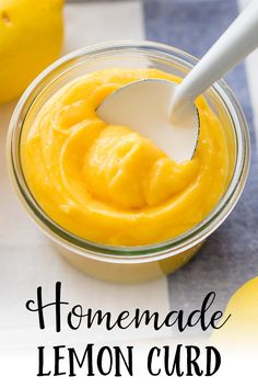 It's so easy to make delicious homemade lemon curd – just four ingredients and less than 30 minutes, and you'll have a jar full of the best spread for muffins and scones, mix-in for yogurt and oatmeal, or filling for moist cupcakes! Köstliche Desserts, Lemon Desserts, Lemon Recipes, Delicious Desserts, Dessert Recipes, Asian Desserts, Fruit Recipes, Plated Desserts, Yummy Food
