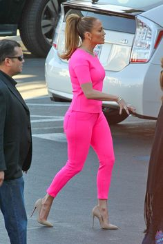 pretty in pink~ JLO
