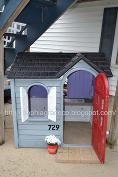 Repainting kids playhouse