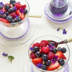 Turn fresh berries, easy pastry cream, cake (& violets for garnish) into fab spring party dessert. Leave out cake for G-F puddings.