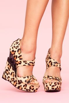I would buy these if I knew I could pull them off without looking completely trashy