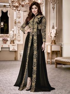 Ethnic Rack offers a huge range of Bollywood salwar kameez replica, Bollywood style salwar suits, Bollywood party wear dresses, latest Bollywood designer suits. Abaya Fashion, Fashion Pants, Indian Fashion, Fashion Dresses, Suit Fashion, 50 Fashion, Gold Fashion, Fashion Black, Fashion Styles