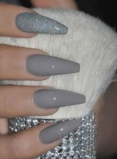 Amazing medium gray nails acrylic coffin with an accent glitter nail! - Amazing medium gray nails acrylic coffin with an accent glitter nail! Amazing medium gray nails acrylic coffin with an accent glitter nail! Grey Nail Art, Acrylic Nails Coffin Short, Simple Acrylic Nails, Gray Nails, Summer Acrylic Nails, Best Acrylic Nails, Acrylic Art, Black Silver Nails, Coffin Acrylics