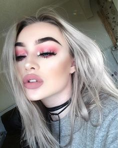 Gothic Light Red Perfectly blended eyeshadow eye makeup look Prom makeup -- prom makeup looks or nude prom makeup CLICK Visit link above to see Makeup Goals, Makeup Inspo, Makeup Inspiration, Makeup Tips, Makeup Ideas, Makeup Products, 2017 Makeup, Makeup Designs, Makeup Tutorials