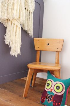 Stoel met ster   Chair with star #kids #kidsroom