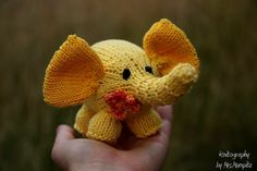 Judy the elephant - Knitting pattern suitable for beginners and advanced knitters - knitting pattern PDF download, DIY stocking stuffer by KnitographyByMumpitz, kr30.00