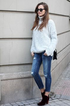 Chunky sweater with skinny jeans and suede ankle boots
