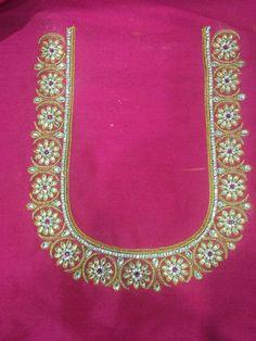 Wedding Saree Blouse Designs, Best Blouse Designs, Simple Blouse Designs, Saree Blouse Neck Designs, Simple Designs, Peacock Embroidery Designs, Simple Embroidery Designs, Mirror Work Blouse Design, Maggam Work Designs