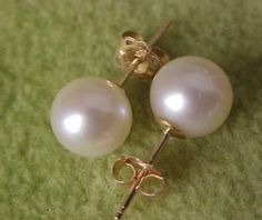 Very Beautiful Aaaa -9-10Mm South Sea White Pearl Earring 14K Yellow Gold