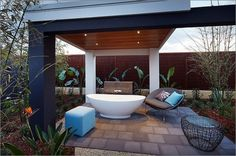 Beat the Heat: 20 Outdoor Showers or Outdoor Bathrooms to Cool You Down