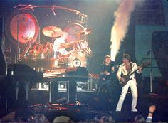 Emerson Lake and Palmer, Saw them in concert, Nov. 11, 1976 at Hara Arena in Dayton, OH.  I think it was my 2nd concert ever! The picture is very close to what I remember. Could be the same tour.?