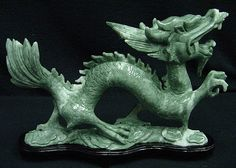 To the Ancient Chinese, jade was more valuable than gold and called the stone of heaven. They considered jade to have special powers and life! Dragon Statue, Dragon Art, Verde Jade, Year Of The Dragon, Jade Dragon, Silver Dragon, Dragon Figurines, Stone Sculpture, Jade Green