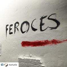 #Repost @nunurix  Descubriendo #feroces en @serendipiaespacioarte #expo #art #madrid #pezglobo #artgallery