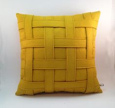 Artículos similares a Mustard Yellow Pillow - Wool Felt Pillow - Handmade - Modern - Contemporary - Basket Weave - Criss Cross Pattern - Synthetic Down Insert en Etsy Yellow Pillows, Grey Pillows, Modern Pillows, Decorative Pillows, Throw Pillows, Yellow Bedding, Cushion Cover Designs, Cushion Covers, Contemporary Baskets
