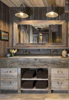 Nice 95 Rustic Farmhouse Bathroom Decor Ideas https://homeastern.com/2018/02/01/95-rustic-farmhouse-bathroom-decor-ideas/