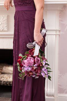 Winter Wedding Bouquet. photo: www.eyecontact.ca