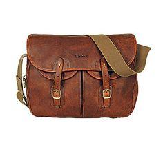 Barbour Tarras Leather Messenger Bag I love messenger bags. I prefer them to purses. Brown Leather Purses, Leather Handbags, Leather Bags, Real Leather, Barbour Bags, Barbour Clothing, Men's Clothing, Cool Messenger Bags, Bags 2015