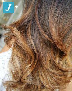 Work Hair Studio Vittorio & Tiziana - Google+Capelli sani con il Degradé Joelle! #cdj #degradejoelle #tagliopuntearia #degradé #igers #musthave #hair #hairstyle #haircolour #longhair #ootd #hairfashion #madeinitaly #wellastudionyc #workhairstudiovittorio&tiziana #roma#eur