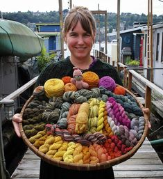 Dyeing with Fungi - Kitsap Peninsula Mycological Society (cascadia forum at permies) Natural Dye Fabric, Natural Dyeing, Hair Yarn, Yarn Color Combinations, Fibre And Fabric, Nature Crafts, How To Dye Fabric, Hand Dyed Yarn, Yarn Colors