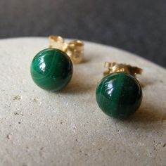 Stud Earrings in 9ct Yellow Gold with Malachite Gemstone Ball Cut Gems £32.00