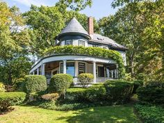 1893 Victorian Home With Period Details Galore Asks $1.6M