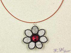 Virág swarovski kristályos nyaklánc Crochet Necklace, Jewelry, Accessories, Jewlery, Jewerly, Schmuck, Jewels, Jewelery, Fine Jewelry