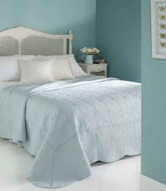 36 Best Bedspreads Cream Images Bed Spreads Seat Pads