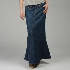 I absolutely love love long denim skirts!