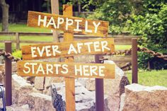 The perfect sign for your wedding reception. Photo by Travis. #Weddings
