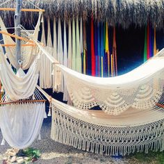 Strolling along the street in Tulum I came across this colourful display of hand made Mexican hammocks. Deciding which one to buy was so difficult I loved all the vibrant colours but also the intricate detailing on the white ones. Which one would you have chosen? by @unculturedcutie
