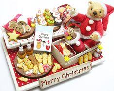 クリスマス・2014年の作品 1年て早いなー #ミニチュア #ミニチュアフード #ミニチュアテディベア #テディベア #ミニチュアスイーツ #ドールハウス #クリスマス #サンタコス #サンタクロース #サンタさん #焼き菓子 #樹脂粘土 #ぬいぐるみ #miniature #miniatures #teddybear #christmas #miniatureteddybear #polymerclay