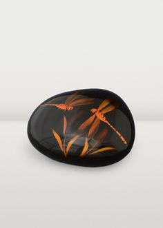 http://d3ds1aumay49s0.cloudfront.net/shop/6093-thickbox/sunset-dragonfly-paperweight.jpg