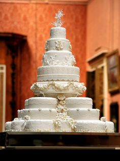 Details of the Royal Wedding Cake