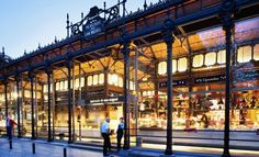 This renovated San Miguel Market has become one of the most visited spots of Madrid, and at the same time a reference of gastronomy and entertainment Santa Lucia, San Miguel Market, Mercado Madrid, Market Hall, Great Places, Places Ive Been, Barcelona, Urban Setting, Best Cities