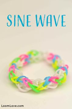 If you are looking for easy loom band designs, try Loom Love's Sine Wave bracelet.