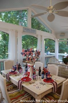 4th of July decor. I so want a back porch like this!!!!