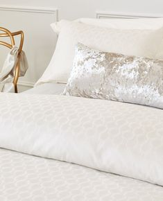 The Gianna collection has a design that is both timeless and contemporary, perfect for any style of bedroom. Sleek and clean, Gianna is a 320 thread count jacquard woven in Italy of 100% long staple cotton. Between The Sheets, Neutral Bedding, Fine Linens, Luxury Shop, Jacquard Weave, Egg Shells, Duvet Covers, Bed Pillows, Pillow Cases