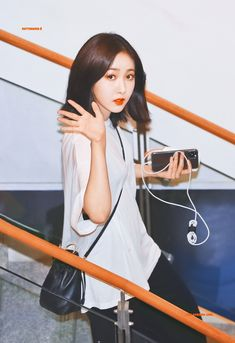 Extended Play, Love You A Lot, Sinb Gfriend, Kim Ye Won, Jung Eun Bi, Cloud Dancer, G Friend, Queen B, Jackson Wang