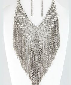 For more details please click here :- http://www.choosyshopper.com/product-category/women/statement-jewelry/necklace/