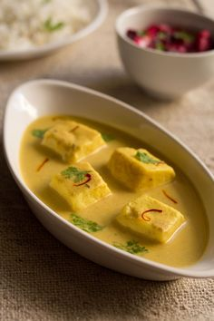 shahi paneer – rich mughlai dish with cottage cheese. its a creamy, aromatic, semi sweet gravy with soft paneer cubes Read Recipe by rllewell Paneer Dry Recipe, Best Paneer Recipes, Indian Paneer Recipes, Shahi Paneer Recipe, Goan Recipes, Curry Recipes, Indian Food Recipes, Vegetarian Recipes, Cooking Recipes
