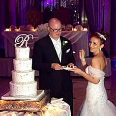 Our last name initial letter cake topper is eye-catching and every bit the perfect compliment to your gorgeous reception confection! This topper is 6 inches tall and all decked out in our ultra high-quality, brilliant-cut crystals. It will add the perfect amount of sparkle and